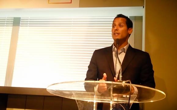 Swimmer Marcos Diaz Talks about Sport Entrepreneurship