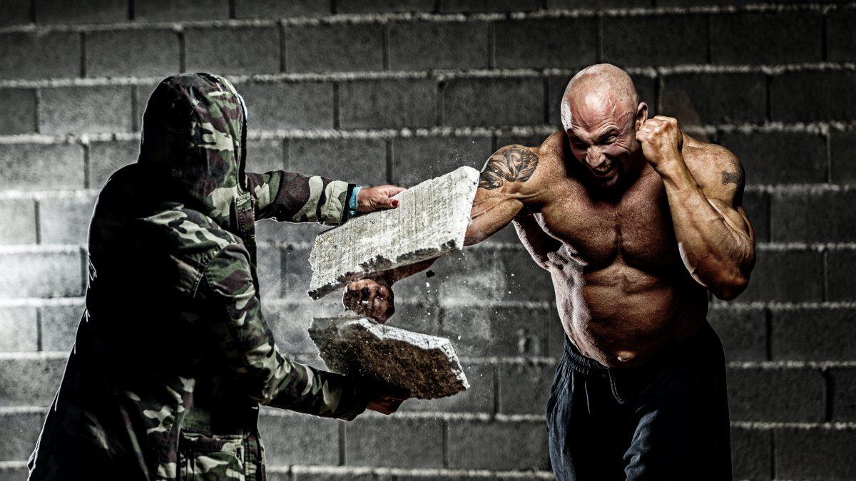 How do Bodybuilders Train?