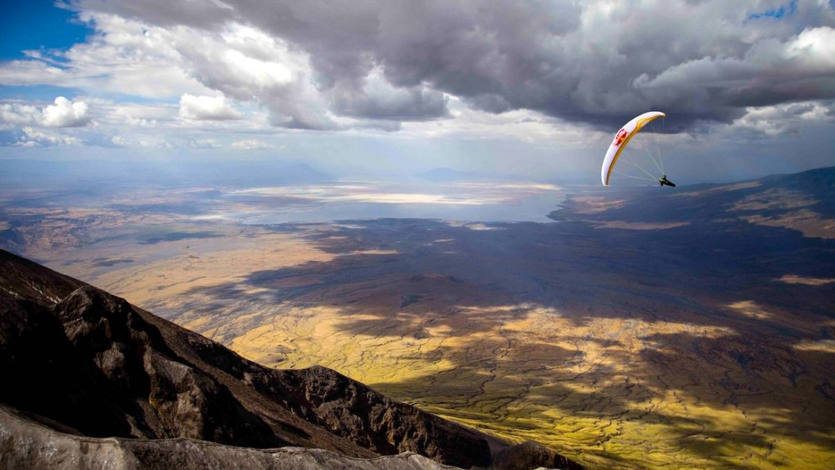Video: Paragliding in Africa by Dorlodot and Llorens